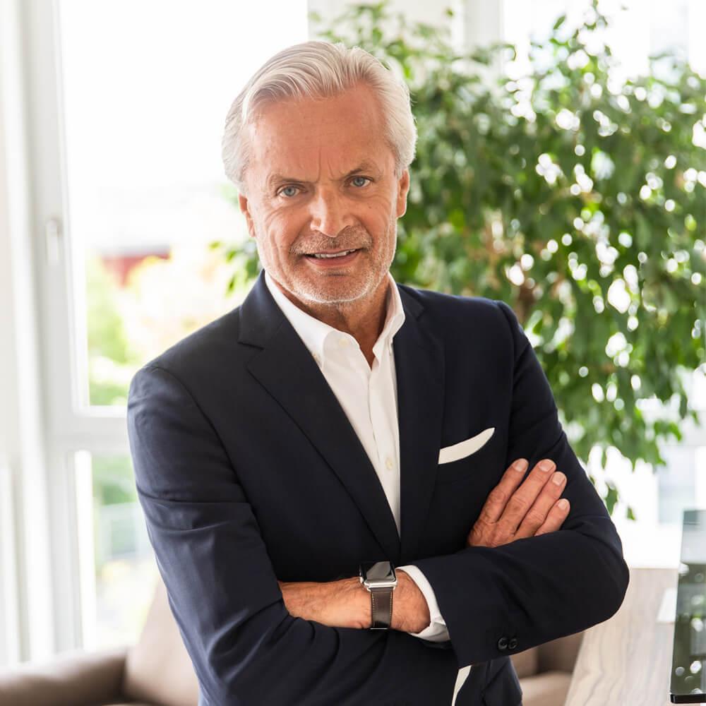 Portrait von Geschäftsführer Rüdiger Dworschak